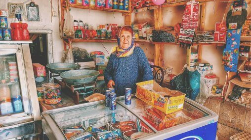 Ask An Iranian - Woman in shop selling